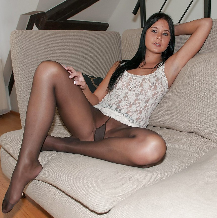 Sophia in pantyhose