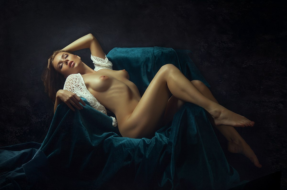 Beautiful photographs of nude women made for a good cause